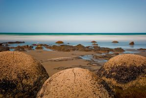 Moeraki boulders by mark-flammable