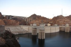 Desert - Hoover Dam by elodie50a