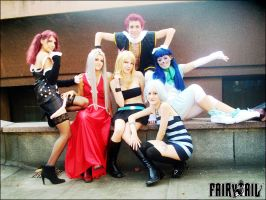 FT girls and Natsu by MuzzaThePerv