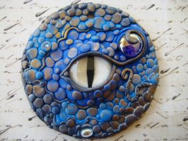 Blue Dragon's Eye Pendant by RoyalKitness