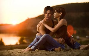 Leon and Ada on the beach by Taitiii