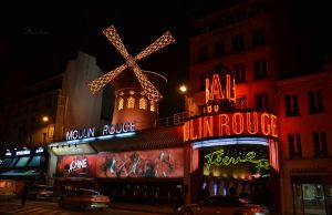 Moulin Rouge by Maiween