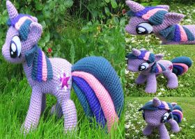Twilight Sparkle by NerdyKnitterDesigns