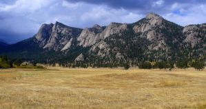Mountain Meadow by PamplemousseCeil