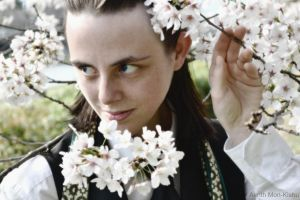 Loki Cosplay goes Hanami in Kyoto (Japan) by Mon-Kishu