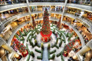 Christmas Deco at Mid Valley Megamall by Derek7
