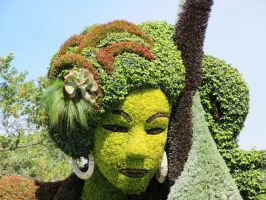 Mosaic Living Sculpture - Face of the Swan Lady by Kitteh-Pawz