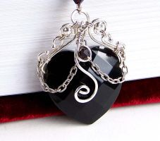 Black obsidian heart choker by CreativityJewellery
