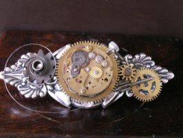 Steampunk Broche by Pjotrkuh