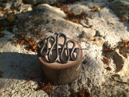 Iron wire broach by skullp3ndant