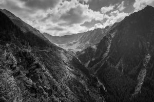 Transfagarasan - Black and White by Reiep