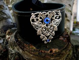 Black Leather Posture Collar - Blue Sky Eye Wings by LadyPirotessa