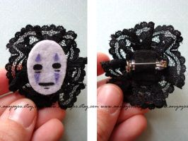 No Face Pin by AnyaZoe