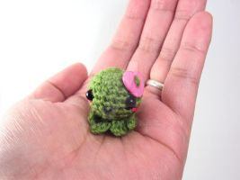 Mini Amigurumi Octie with Pink Heart Button by altearithe