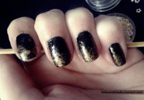 Black and gold by LittleAndzia