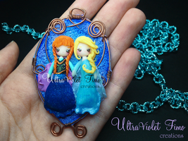 Polymer Clay -Elsa and Anna(Frozen) by UltraVioletCreations