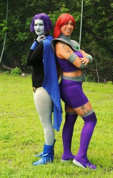 Raven and Starfire by Red-Lilly
