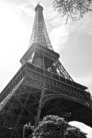 Eiffel Tower by REN703