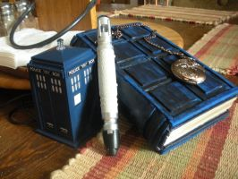 TARDIS Notebook by DarkNevermore13
