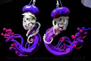 Magenta and purple jellyfish earrings by carmendee