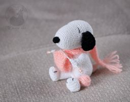 Pink scarf Snoopy by Keila-the-fawncat