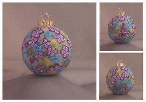 Flowered ornament by Glori305