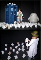 4th Doctor Meets The Adipose by CyberDrone