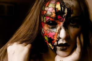 Makeup Doll puzzle by joyfonseca