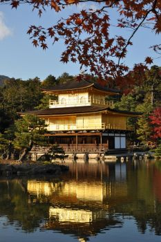 Golden pavilion by kilneko