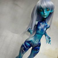 Ceecee the only blue one by Atelier-Cynamon