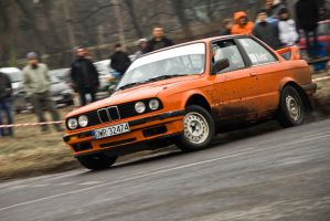 Another sideways Beemer! by redsunph