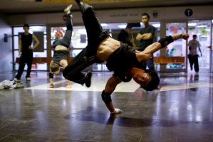 Breakdance14 by ossyan