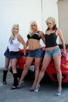 3 girls and a Ferrari by Intisari