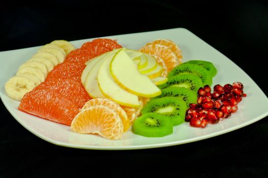 Plate of vitamin C by bogdandediu