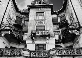 a house in Oradea 1 by violety