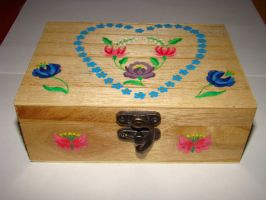 Hungarian traditional wood box by jasmin7