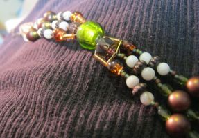 necklace - 3 strand (wip) by Galasdian