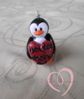 Commission -:Penguin keyring by ilikeshiniesfakery