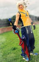 Riku Cosplay - Kingdom Hearts by Leon Chiro Art by LeonChiroCosplayArt