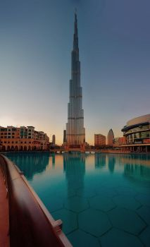 Burj Khalifa by coulombic