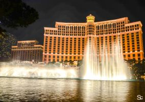 Bellagio water show by ShannonCPhotography