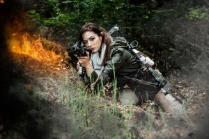Rise of the Tomb Raider - Rifle and Explosions by JadeJolie