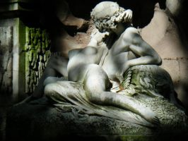 Lovers in the Shade by ritornel