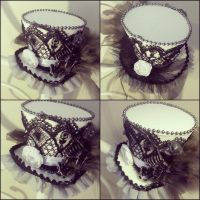 Black and White Gothic Mini Top Hat by NoFlutter