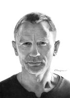 Daniel Craig by jthompson007