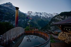 Mountain Hostel Hot Tub by themobius