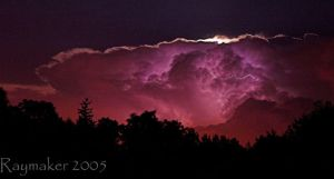Lightning Cloud by Raymaker
