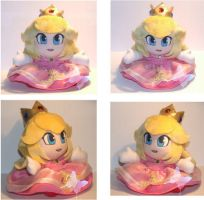 Princess Peach Plushie by Enzeru-kokoro