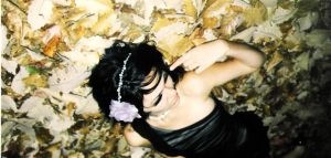 Glamorously Dead Leaves-Fall X by sexyDEATHparty