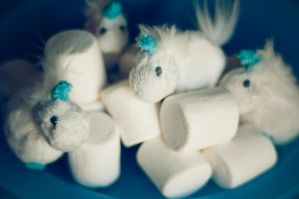 Marshmallow Unicorns by zoshalucyna